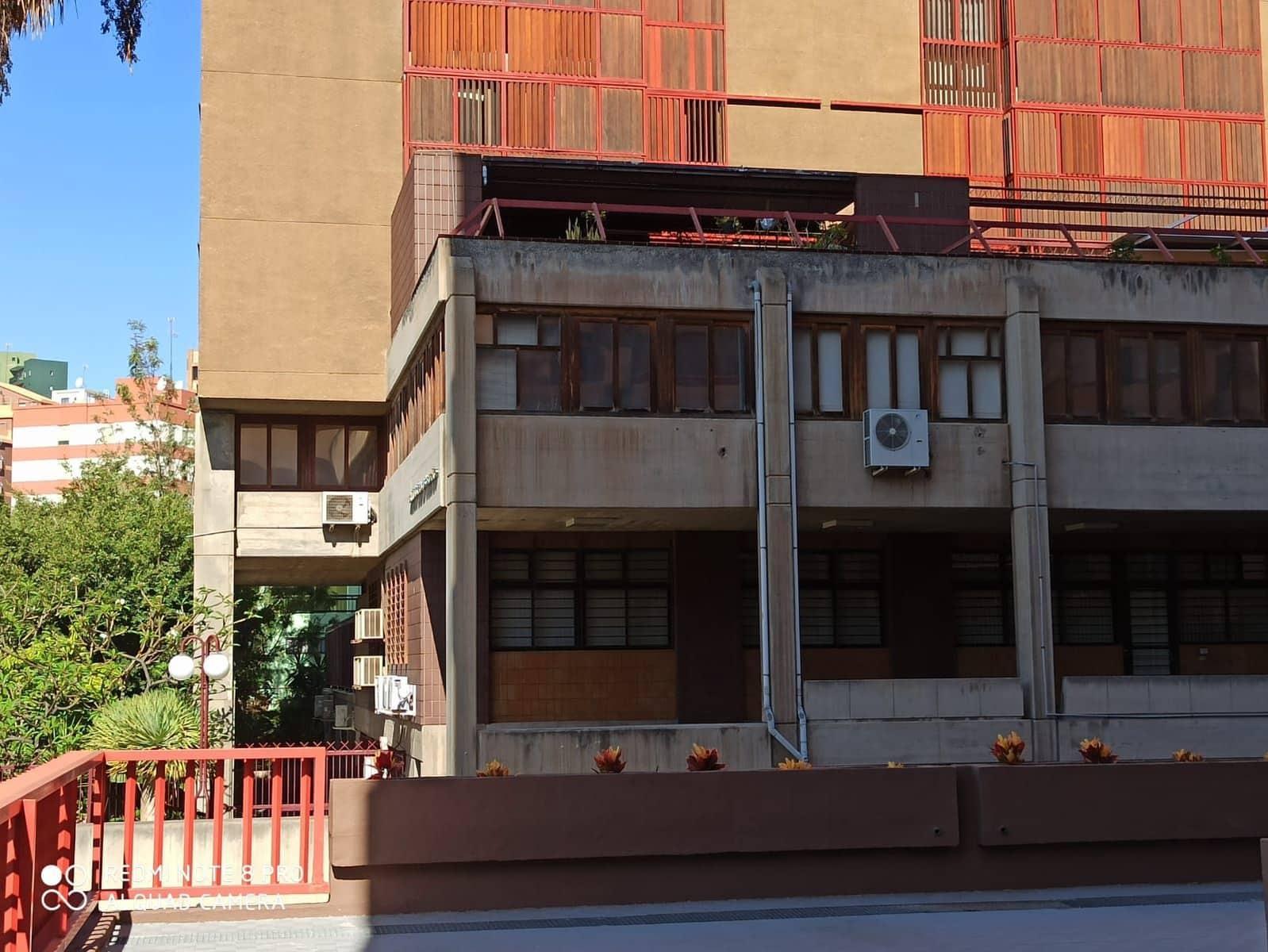 7 sypialnia Biuro na sprzedaż w Santa Cruz de Tenerife z garażem - 275 523 € (Ref: 5991019)