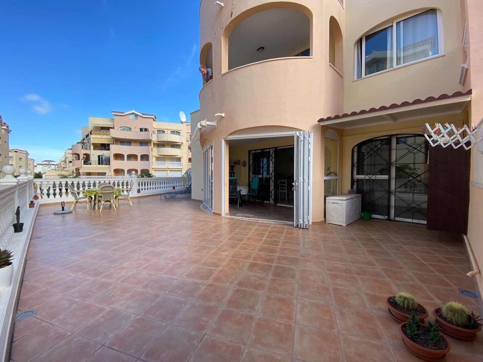 1 soveværelse Lejlighed til salg i Los Cristianos med swimmingpool garage - € 259.992 (Ref: 6109716)