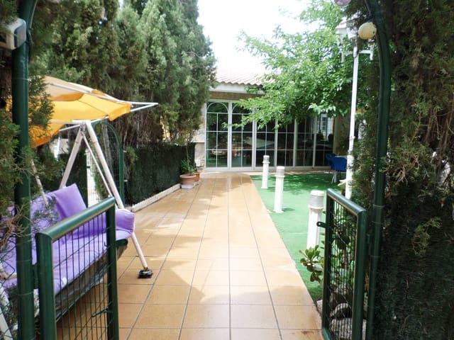 Casa de 6 habitaciones en San Vicente / Sant Vicent del Raspeig en venta - 670.000 € (Ref: 5589817)