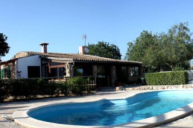 3 soveværelse Villa til salg i Consell med swimmingpool - € 495.000 (Ref: 5133145)