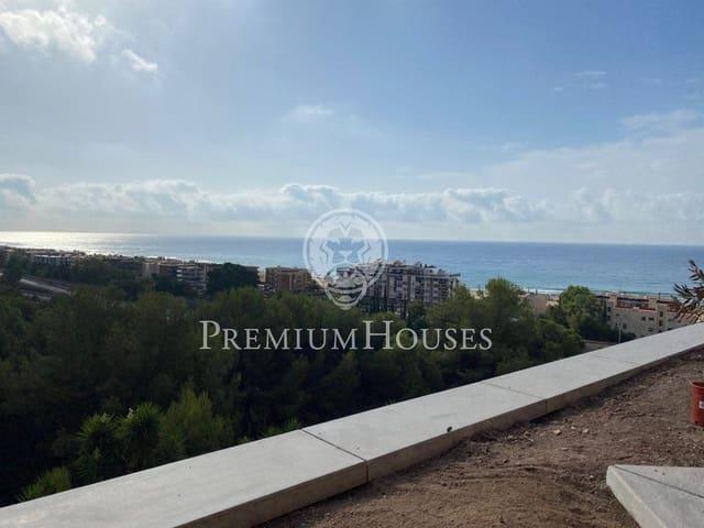 4 quarto Penthouse para arrendar em Les Botigues de Sitges com piscina garagem - 2 500 € (Ref: 5337102)