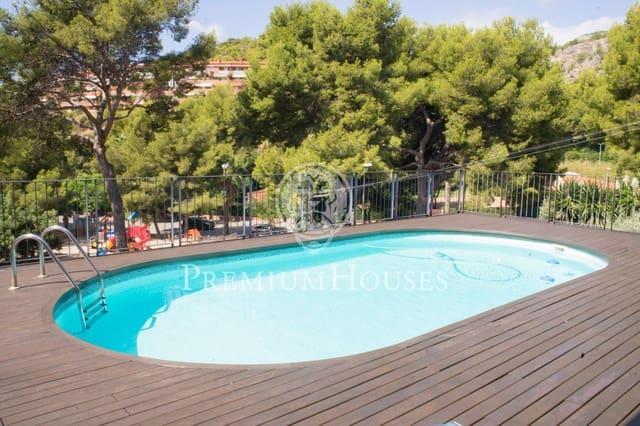 Adosado de 4 habitaciones en Les Botigues de Sitges en venta con piscina garaje - 986.000 € (Ref: 5521406)