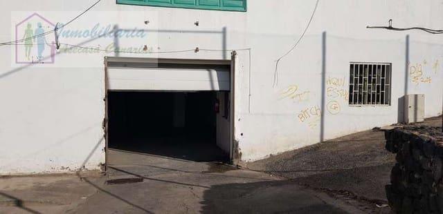 Kommersiell til salgs i Puerto del Carmen med garasje - € 200 000 (Ref: 4881231)