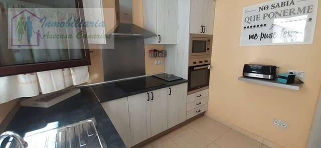 Pareado de 3 habitaciones en Arrecife en venta - 112.000 € (Ref: 5907338)