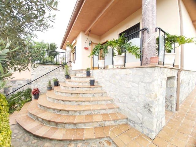 3 soveværelse Villa til salg i Sils med garage - € 190.000 (Ref: 5408217)