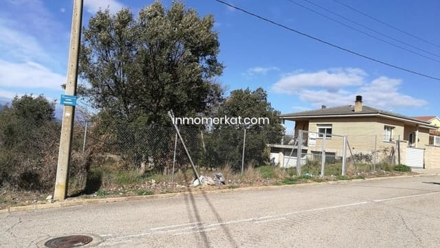 Building Plot for sale in Sils - € 35,000 (Ref: 6170435)