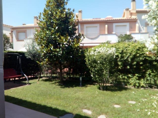 3 soveværelse Villa til salg i L'Estartit med swimmingpool garage - € 278.000 (Ref: 4884534)