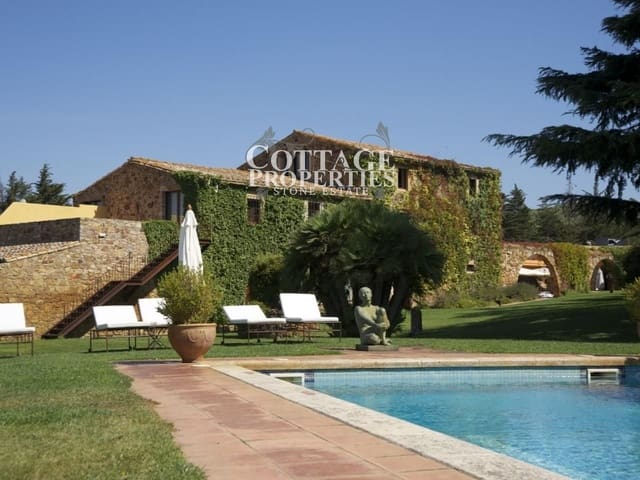 30 bedroom Finca/Country House for sale in Pals - € 9,500,000 (Ref: 4977182)