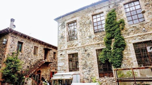 30 sypialnia Finka/Dom wiejski na sprzedaż w Castellfollit de la Roca - 550 000 € (Ref: 5024345)