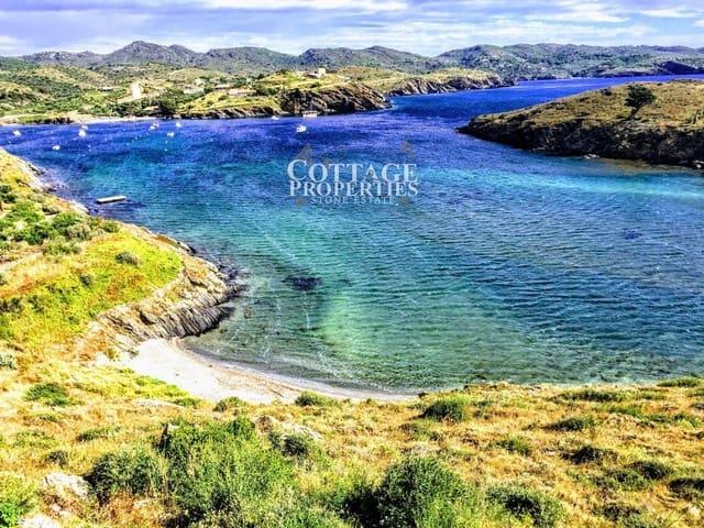 Ubebygd land til salgs i Cadaques - € 2 000 000 (Ref: 5084144)