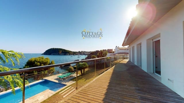5 bedroom Townhouse for sale in Palamos with pool garage - € 3,800,000 (Ref: 6084014)