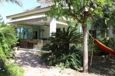 6 bedroom Villa for sale in La Hoya with pool garage - € 455,000 (Ref: 4980123)
