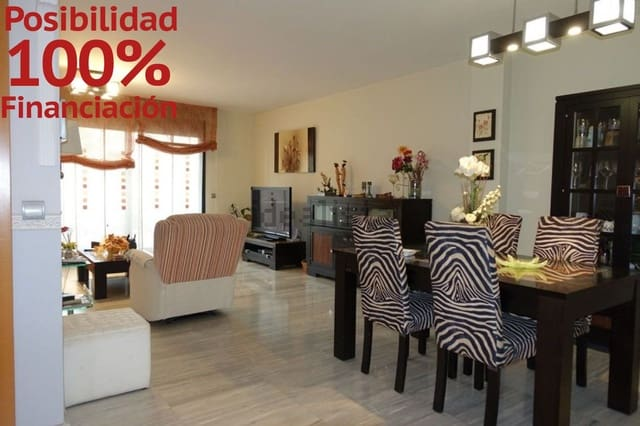 4 sovrum Radhus till salu i Zaragoza stad med pool garage - 494 999 € (Ref: 5843442)