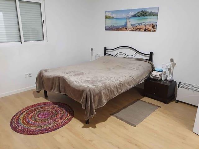 Piso de 4 habitaciones en Aldaia en venta - 95.000 € (Ref: 5196274)