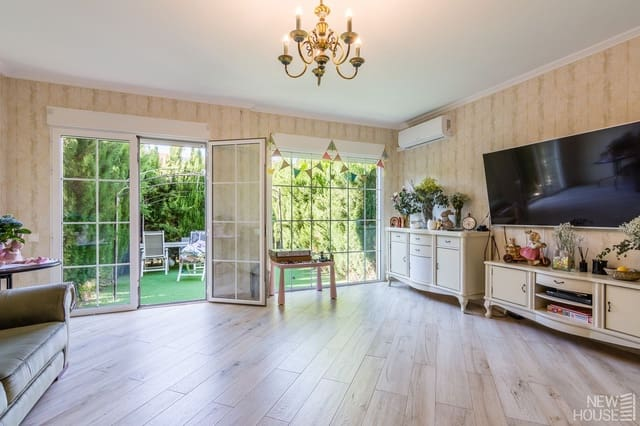 4 quarto Casa em Banda para venda em Cabo de las Huertas com piscina garagem - 375 000 € (Ref: 6084437)