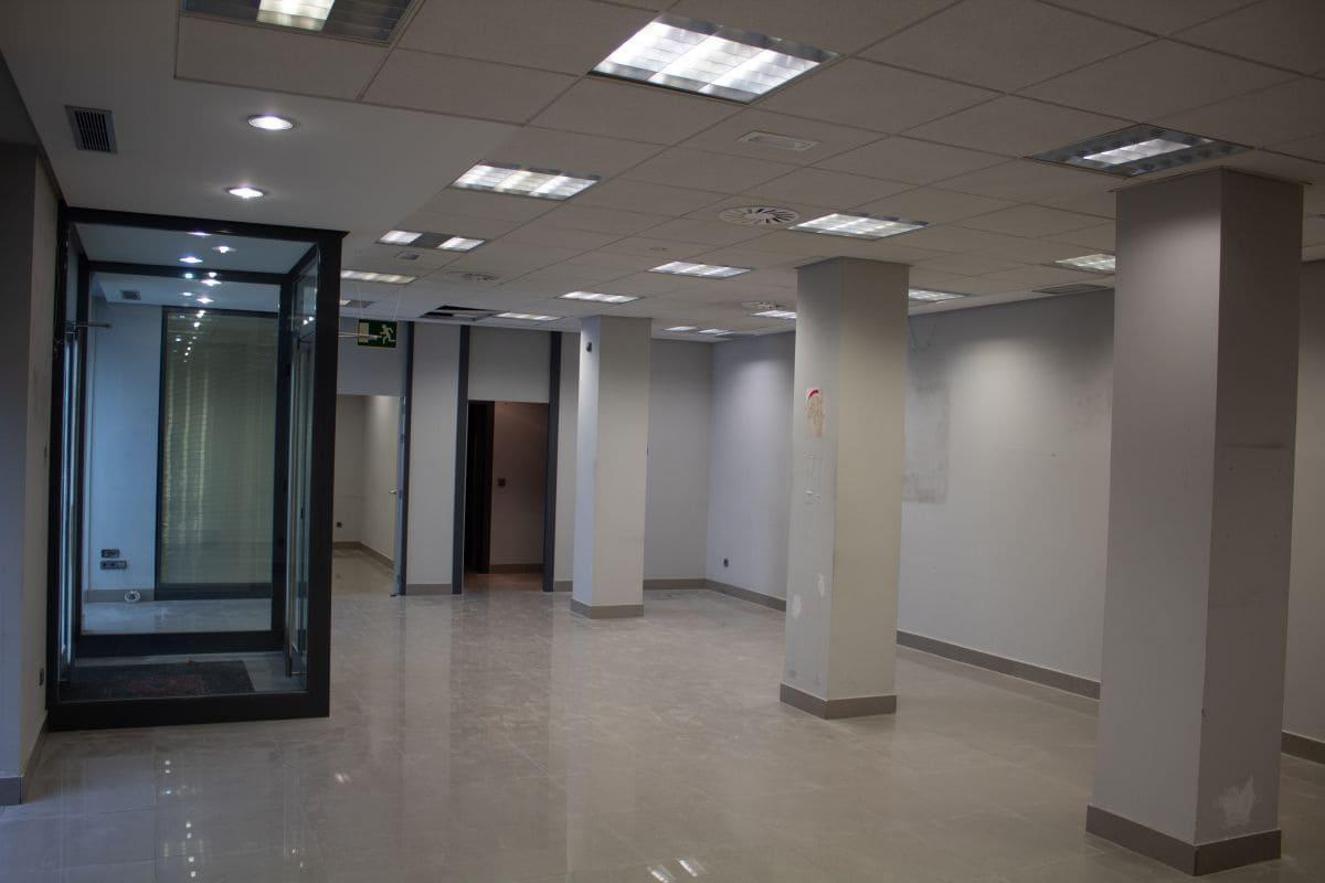 3 sovrum Kommersiell att hyra i Santander - 3 500 € (Ref: 5019449)
