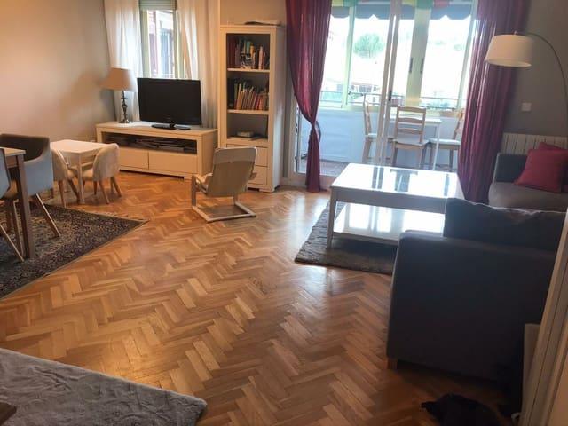 3 slaapkamer Appartement te huur in San Sebastian de los Reyes met zwembad garage - € 1.380 (Ref: 5347301)