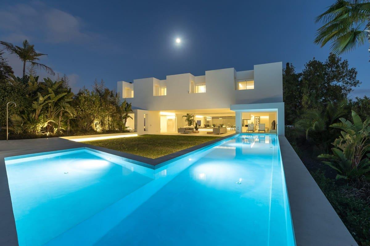 5 bedroom Villa for sale in Marbella - € 3,700,000 (Ref: 5169896)