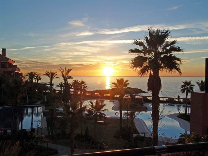 2 bedroom Apartment for sale in Marbella - € 1,500,000 (Ref: 5169898)