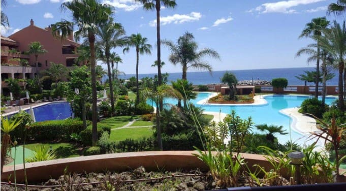 2 bedroom Apartment for sale in Marbella - € 1,590,000 (Ref: 5169899)