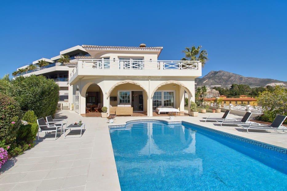 4 bedroom Villa for sale in Benalmadena with garage - € 1,550,000 (Ref: 5169913)