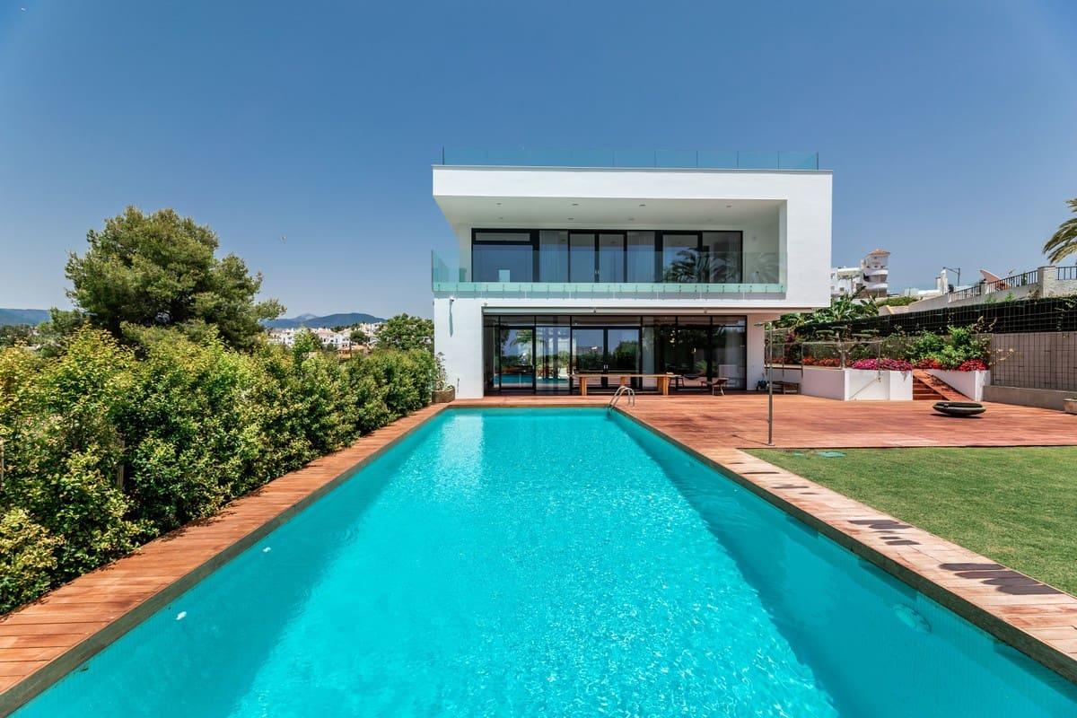 5 bedroom Villa for sale in Marbella - € 2,750,000 (Ref: 5169972)