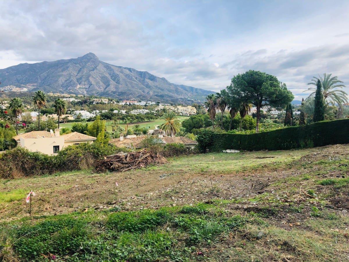 Building Plot for sale in Marbella - € 1,200,000 (Ref: 5170111)