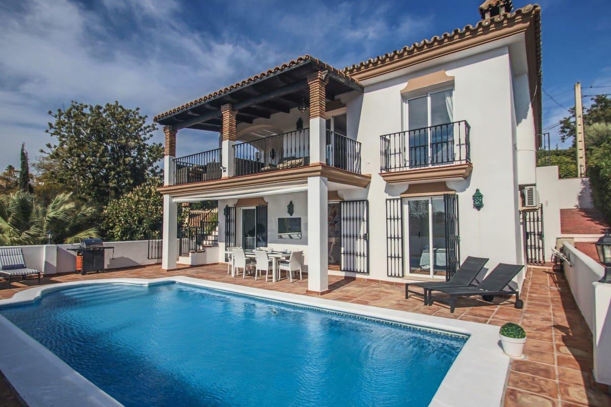 5 bedroom Villa for sale in Marbella - € 1,135,000 (Ref: 5170172)