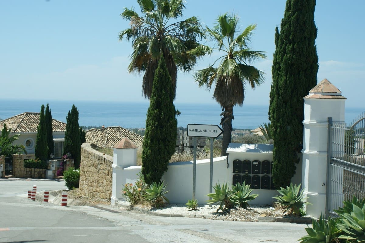 2 bedroom Apartment for sale in Marbella - € 550,000 (Ref: 5178383)