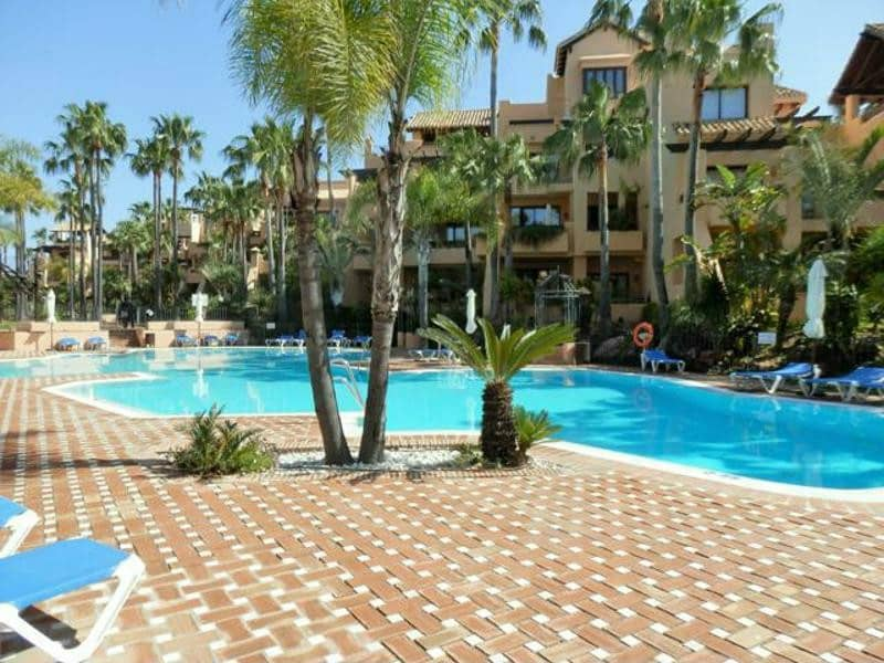 2 bedroom Apartment for sale in Marbella - € 595,000 (Ref: 5178391)