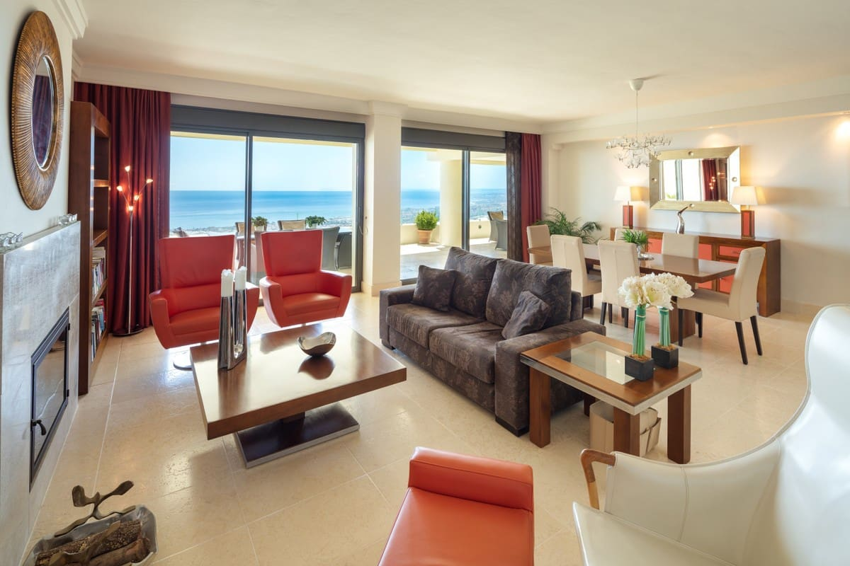 4 bedroom Apartment for sale in Marbella - € 835,000 (Ref: 5178451)