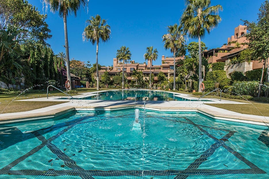 2 bedroom Apartment for sale in Marbella with garage - € 510,000 (Ref: 5178472)