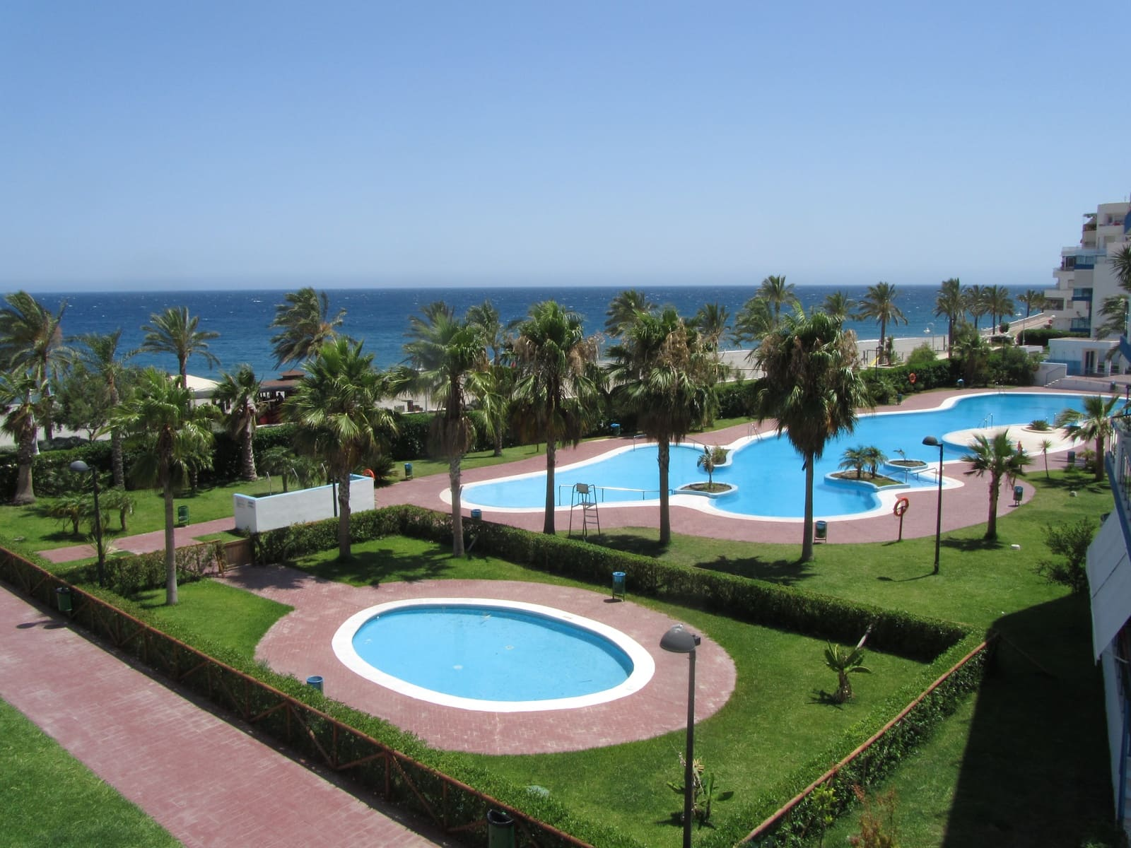 2 bedroom Apartment for holiday rental in Castell de Ferro with pool garage - € 350 (Ref: 5016758)