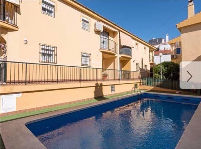Pareado de 3 habitaciones en Puerto de la Torre en venta con piscina - 230.000 € (Ref: 5906602)
