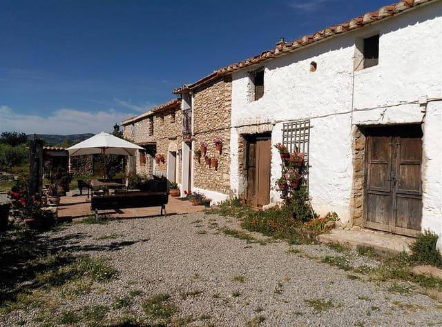 14 bedroom Villa for sale in Les Coves de Vinroma with garage - € 275,000 (Ref: 5011671)