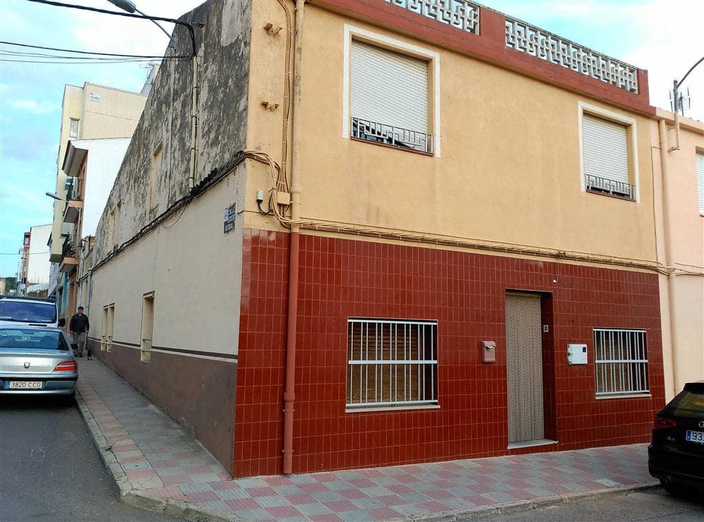 Casa de 4 habitaciones en Cabanes en venta con garaje - 160.000 € (Ref: 5012992)