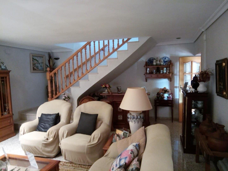 6 soveværelse Villa til salg i La Pobla Tornesa med garage - € 375.000 (Ref: 5012998)