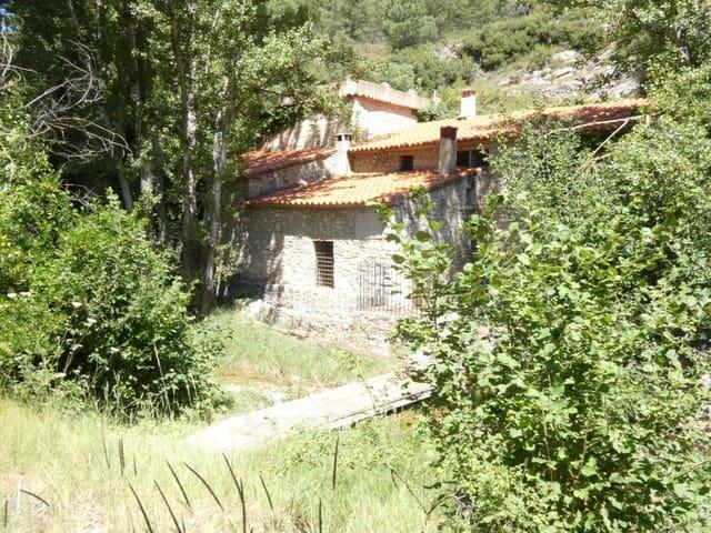 7 soveværelse Villa til salg i Vistabella del Maestrat med garage - € 200.000 (Ref: 5443059)