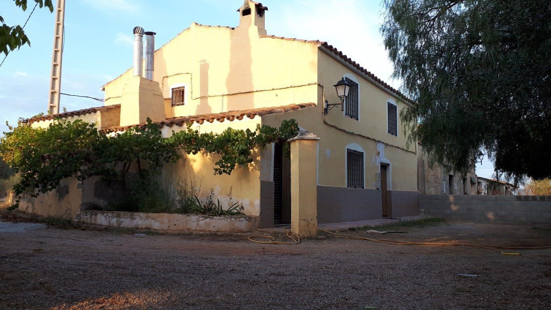 4 soverom Villa til salgs i Vall d'Alba med garasje - € 98 000 (Ref: 5575734)