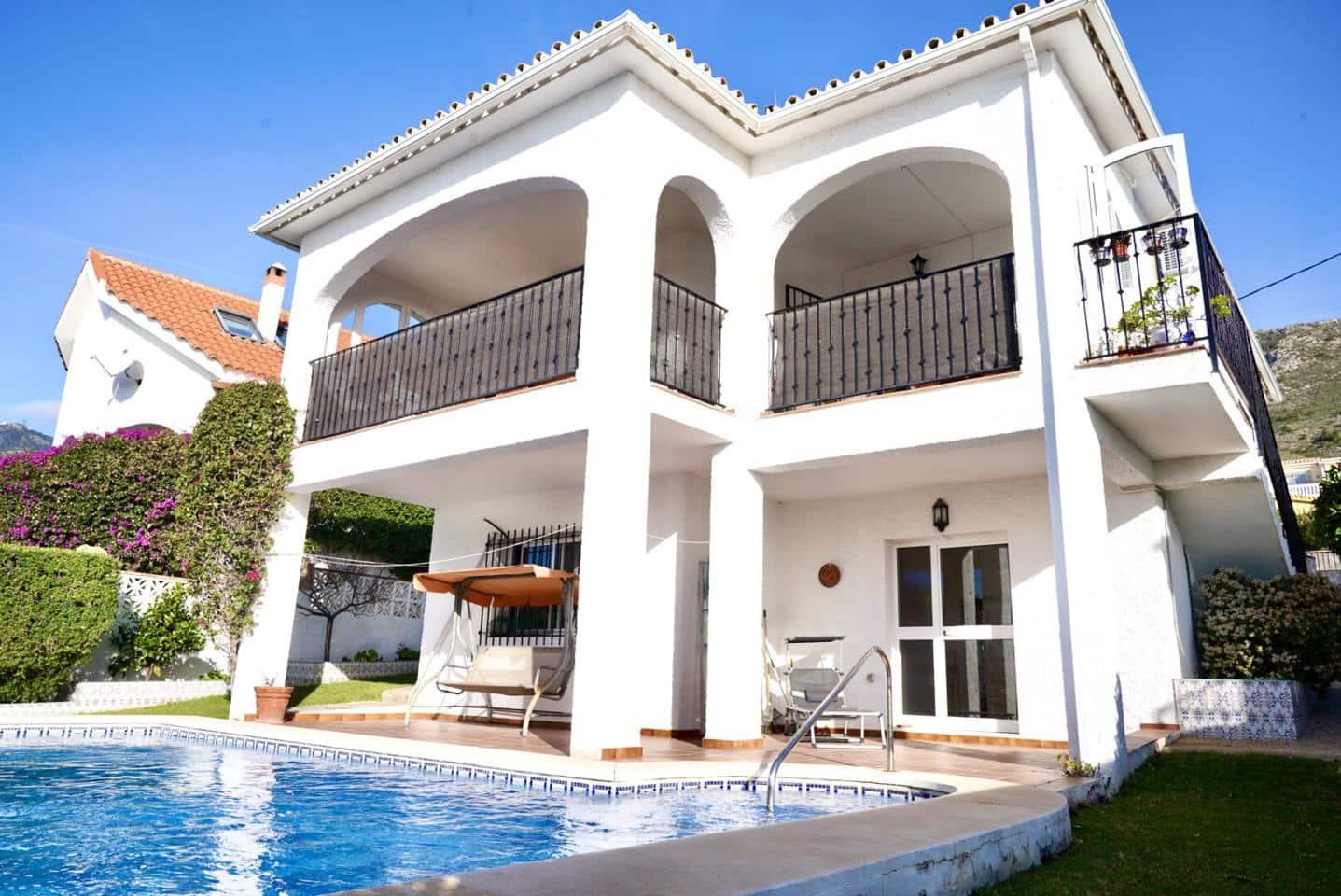 3 bedroom Villa for sale in Benalmadena with pool - € 369,000 (Ref: 5145765)