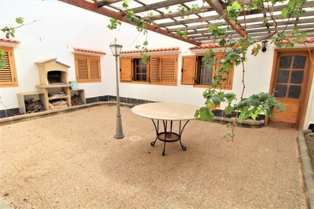 Chalet de 4 habitaciones en Agüimes en venta - 250.000 € (Ref: 5748796)