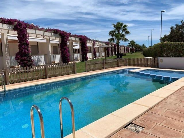 Adosado de 3 habitaciones en Amposta en venta con piscina - 160.000 € (Ref: 5321047)