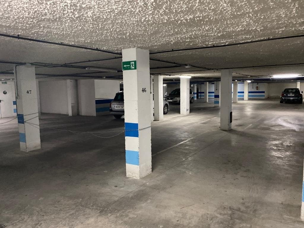 Garage à vendre à Almeria ville - 38 000 € (Ref: 5827087)