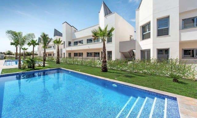 3 bedroom Bungalow for sale in La Veleta with pool garage - € 220,000 (Ref: 6156718)