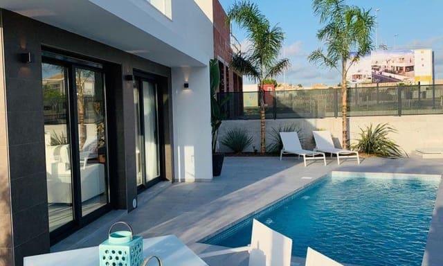 3 sypialnia Willa na sprzedaż w La Marina z basenem garażem - 247 000 € (Ref: 6157146)