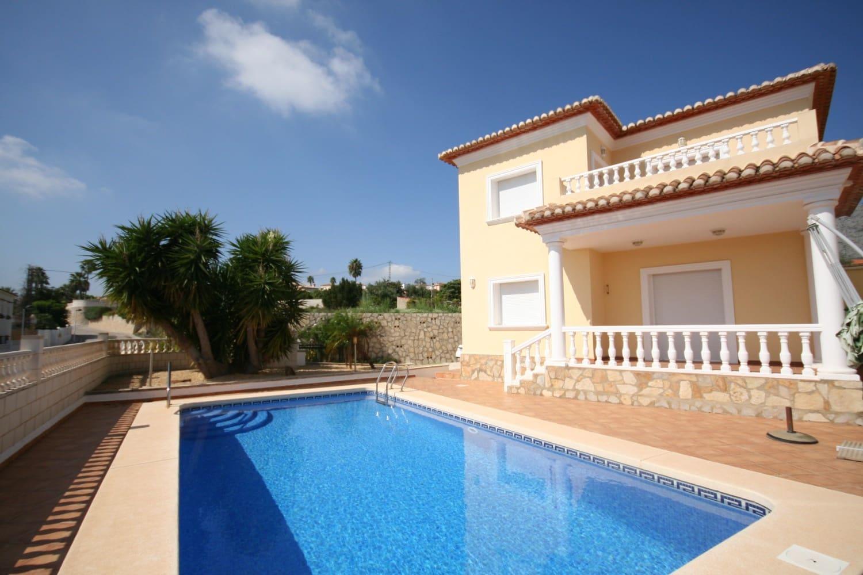 Chalet de 3 habitaciones en Beniarbeig en venta con piscina - 349.950 € (Ref: 5086693)