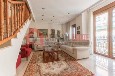 3 Zimmer Apartment zu verkaufen in Valencia Stadt mit Garage - 325.000 € (Ref: 5069640)