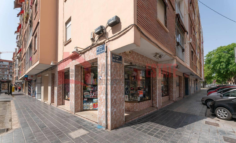 Kommersiell att hyra i Valencia stad - 550 € (Ref: 5069641)