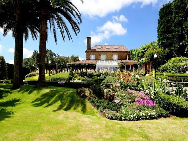 6 sypialnia Finka/Dom wiejski na sprzedaż w Santiago de Compostela z basenem garażem - 2 500 000 € (Ref: 5134095)