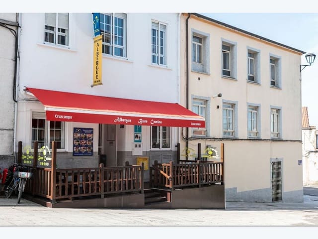 8 bedroom Hotel for sale in Palas de Rei - € 725,000 (Ref: 5135108)